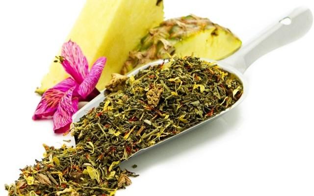 Žalioji arbata su ananasais